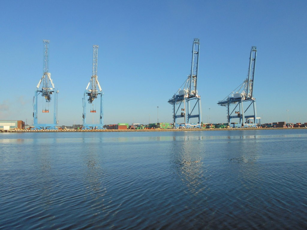 Charleston Harbor Deepening Awaits Approval from Congress